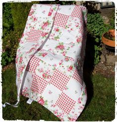 Baby Quilt Cot Quilt and Bumper Set by TraceysTreasureChest