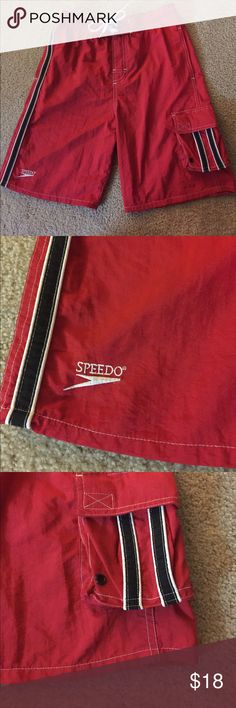 🏄Speedo boys swim trunks medium great condition Classic red Boys red speedo swim trunks suit excellent condition. They will feel like a life guard in these nice trunks! Speedo Swim Swim Trunks