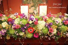 目黒雅叙園鷲の間 装花 Wedding Tips, Wedding Table, Wedding Coordinator, Tablescapes, Floral Arrangements, Wedding Flowers, Floral Wreath, Table Settings, Bouquet