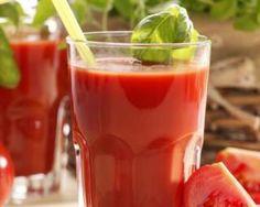 Jus de tomate au basilic coupe-faim Croq'Kilos : http://www.fourchette-et-bikini.fr/recettes/recettes-minceur/jus-de-tomate-au-basilic-coupe-faim-croqkilos.html