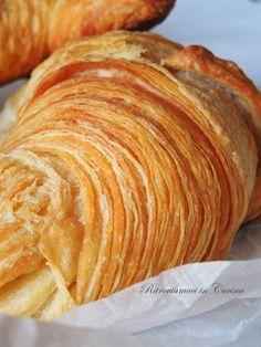 Ritroviamoci in Cucina: Croissant (no eggs) Biscotti, Butter Croissant, Bread Shaping, Braided Bread, British Baking, Muffins, Breakfast Cake, Croissants, Macaron