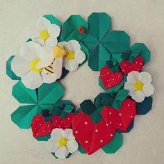 Discover more about Origami Designs Origami Wreath, Fabric Origami, Origami Flowers, Paper Flowers, Fun Crafts, Diy And Crafts, Arts And Crafts, Paper Crafts, Origami Design