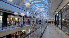 Alstertal-Einkaufszentrum at Christmas.