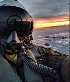 Fly, fly up, up in the sky, above the clouds so high! Jet Fighter Pilot, Air Fighter, Fighter Jets, Us Military Aircraft, Military Jets, Airplane Fighter, Fighter Aircraft, Photo Avion, Airplane Photography