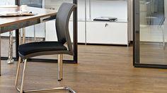 Besprechungstisch Besuchertisch Bueromoebel Metall mit Chromgestell Konferenztische mit Dekorarbeitsplatten oder lackierten Glasarbeitsplatten
