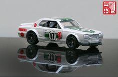 Hot Wheels Nissan Skyline 2000GT HT GT-R