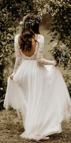 21 Amazing Boho Wedding Dresses With Sleeves - Brautkleid vintage - - Hochzeitskleid Boho Wedding Dress With Sleeves, Top Wedding Dresses, Stunning Wedding Dresses, Lace Dress With Sleeves, Wedding Dress Trends, Wedding Ideas, Wedding Hacks, Boho Dress, Amazing Dresses