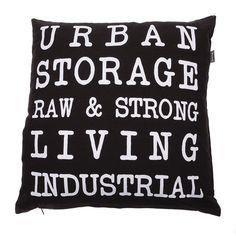 Kussen tekst urban. Een stoer sierkussen die de kamer karakter geeft. #intratuin #Pintratuin