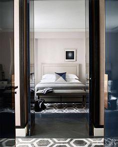 Preciously Me blog : Glamorous Paris Apartment