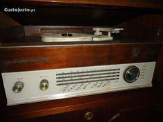 radio com gira-discos de vavulas siemens-elettra