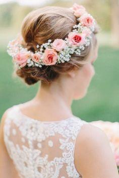 Haarschmuck-blumen-und-rosen
