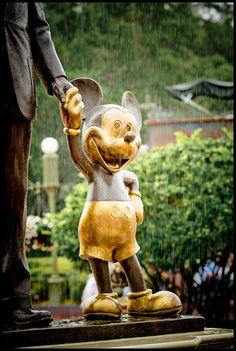 ♚ The Golden Mouse Statue ~ Magic Kingdom, Walt Disney World, Florida