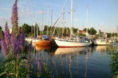 Kemin kaupunki - Tässä on Kemin kaupungin satama. By:Vilmiina Finland, Seaside, Houses, Interiors, City, Nature, People, Image, Homes