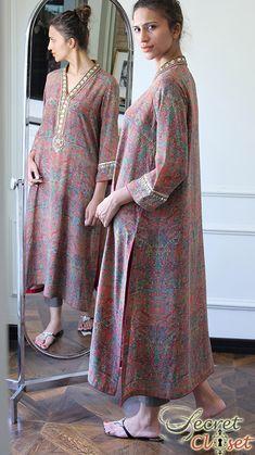 Style Stripped - Pakistan's Premier Fashion and Lifestyle Portal. Pakistani Dress Design, Pakistani Outfits, Indian Outfits, Kurta Designs Women, Blouse Designs, Indian Attire, Indian Wear, Desi Wedding Dresses, Embroidery Suits