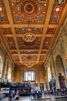 """Kansas City's Union Station served a peak annual passenger traffic of over 670,000 in 1945 at the end of World War II, then spent the next four decades in gradual decline as rail travel was not used much. Union Station made headlines on June 17, 1933, as four unarmed FBI agents were gunned down while attempting to return the captured fugitive Frank Nash. Nash was also killed in the gun battle. The """"Kansas City Massacre"""" resulted in the arming of all FBI agents."""