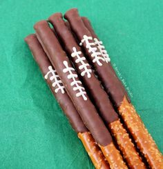 Party Food Ideas Perfect for Super Bowl - Super Bowl Party Recipes - Chocolate Pretzel Football Rods - This salty n' sweet snack looks like more work than it actually is–which means you should go ahead and make 'em. Get 49 other Super Bowl snack ideas. Football Treats, Football Party Foods, Football Food, Football Birthday, Football Parties, Football Banquet, Football Tailgate, Food For Superbowl Party, Superbowl Decor