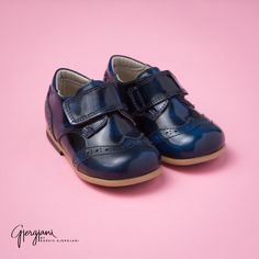 Bluegenuineleather oxfordshoes by Gjergjani Kids. These adorable dressy shoes have a blueleather velcro strap. Itty Bitty Toes www.ittybittytoes.com