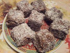 Reteta culinara Tavalite in nuca de cocos din categoria Prajituri. Specific Romania. Cum sa faci Tavalite in nuca de cocos Cookies, Chocolate, Desserts, Rome, Food And Drinks, Crack Crackers, Tailgate Desserts, Deserts, Biscuits