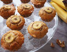 Briose cu banane si nuca Romanian Desserts, Muffins, Something Sweet, Baby Food Recipes, Foodies, Keto, Cupcakes, Cooking, Breakfast