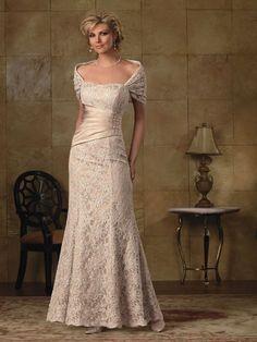 Moda, Elegancja i Klasa ...: Jak znaleźć suknię dla mamy pana młodego?