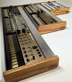Skiff for Korg Volca / Korg Volca stand. Made from oak and aluminum. Available in single, double, or triple.