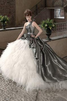 16 Alternative Colored Wedding Dresses