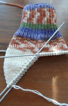 Вязание носков спицами Lana, Knitted Hats, Slippers, Knitting, Accessories, Socks, Sock Knitting, Slipper, Dots