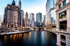 Hiper Estilos & Luxos citylandscapes: A calm, winter morning along the Chicago River