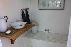 Aiheeseen liittyvä kuva Bath Caddy, Vanity, Bathroom, Inspiration, Composting Toilet, Lawn And Garden, Dressing Tables, Washroom, Biblical Inspiration