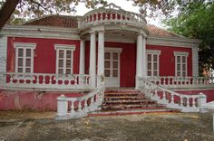 Scharloo district, Willemstad - Curaçao   da Pagoo Willemstad, To Go, Explore, Mansions, House Styles, Photos, Home Decor, Pictures, Decoration Home