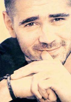 Lovely Colin Farrell, Paul Auster, Imaginary Boyfriend, Puppy Dog Eyes, Falling In Love With Him, Irish Men, Famous Men, Man Photo, Perfect Man