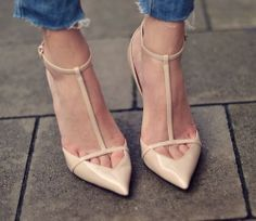 NEW ZARA BEIGE NUDE LOW CUT T-BAR SYNTHETIC PATENT COURT SHOES SOLD OUT!!