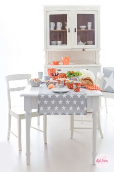 Krasilnikoff Spring 2015 on Torie Jayne Kitchen Dishes, Color Inspiration, Are You Happy, Dining Room, Make It Yourself, Cool Stuff, Table, Spring 2015, Furniture