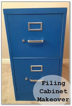 Filing Cabinet Makeover So much cuter than the ugly grey/brown! Turn an ugly old filing cabinet into a beautiful masterpiece! This is my favorite thing in my house right now. How to paint it Painting Metal Cabinets, Painted File Cabinets, Diy Cabinets, Furniture Makeover, Diy Furniture, Painted Furniture, Furniture Repair, Furniture Refinishing, Refurbished Furniture