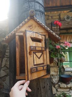 World Images, Mailbox, Cottage, Messages, Rustic, Stock Photos, Bird, Antiques, Outdoor Decor