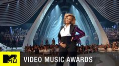 "VMA Memorable Moments: Beyoncé ""Love On Top"" Performance 