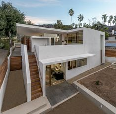 Image 2 of 16 from gallery of Callow Residence / Corsini Stark Architects. Photograph by Steve King Photography Architecture Awards, Residential Architecture, Architecture Details, Interior Architecture, Home Building Design, Beach Bungalows, Modern House Design, House Styles, Steve King