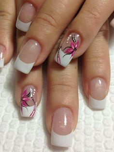 20 trendy Ideas for pedicure ideas summer french white French Nail Art, French Tip Nails, Red Nails, Glitter Nails, Cute Nails, Pretty Nails, Nail Effects, Flower Nail Art, Nagel Gel