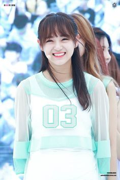 Kim Sejeong Gugudan❄️ Kpop Girl Groups, Korean Girl Groups, Kim Sejeong, Jeon Somi, K Pop Star, Kpop Guys, Korean Music, Devon Aoki, Steve Aoki