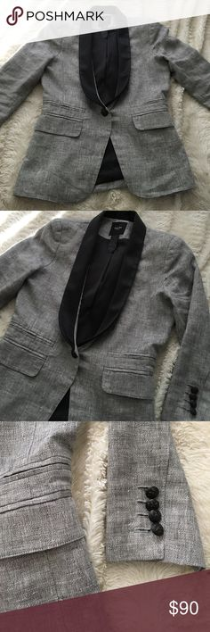Smythe gray tuxedo style jacket Great.consition. Very cute tuxedo style blazer Smythe Jackets & Coats Blazers