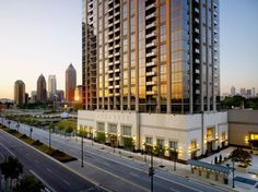 The Atlantic, which at 47 stories is the tallest residential high-rise in mid-town Atlanta, is now available for lease by renters. Atlanta Apartments, High Rise Apartments, Atlanta Homes, Luxury Apartments, Georgia Homes For Sale, Atlanta Georgia, Atlanta Midtown, Floor To Ceiling Windows, Luxurious Bedrooms