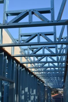 Steel Frame House, Steel House, Steel Structure Buildings, Metal Buildings, Metal Building Homes, Building A House, Steel Framing, Roof Trusses, House Roof