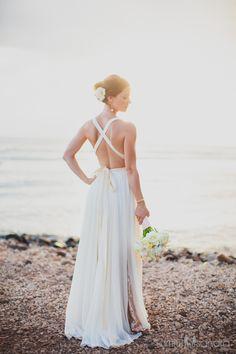 Our Andrea dress Photography by @dmitriandsandraphotography #maui #beachwedding #destinationwedding #bride #bridal #beachweddingdress #sequins #ellebaybridal