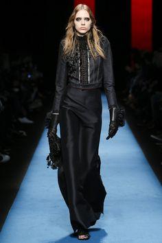 Dsquared2 Fall 2016 Ready-to-Wear Fashion Show - Odette Pavlova