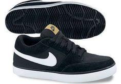 Nike Bayan Spor Ayakkabı Siyah Nike Bayan Spor Ayakkabı Siyah