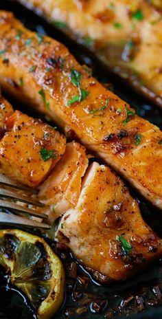 Honey Garlic Salmon by rasamalaysia: Garlicky, sweet and sticky salmon with simp. Honey Garlic Salmon by rasamalaysia: Garlicky, sweet and sticky salmon with simple ingredients. Fish Dishes, Seafood Dishes, Seafood Recipes, Cooking Recipes, Healthy Recipes, Delicious Recipes, Whole30 Recipes, Garlic Salmon, Honey Salmon