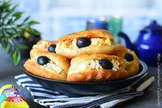 Fricassés Tunisiens petits pains sandwich #ramadan #ramadan2017 #bread #breadrecipes #easyrecipe #recipe #recipeoftheday