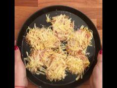 Csirkemell sajtbundában sütve - GastroHobbi Grains, Rice, Food, Youtube, Living Room Ideas, Apartment Master Bedroom, Eten, Seeds, Meals
