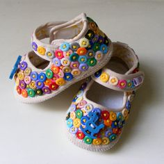 Button Babies Shoes by sewingcorner on Etsy