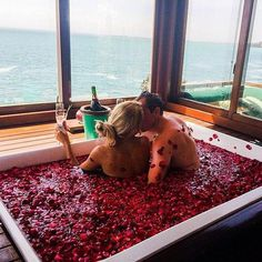 Which type of relationship do you have? An emotional or devoted relationship? Finding out the answer can help you to examine your key relationships in a new light, and find greater happiness and joy in all areas of your life. Romantic Room Surprise, Romantic Bath, Romantic Night, Romantic Things, Romantic Couples, Romantic Bedroom Decor, Love Couple, Couple Goals, Luxury Couple